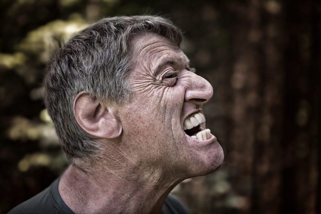Mann Wut Gesicht Zähne